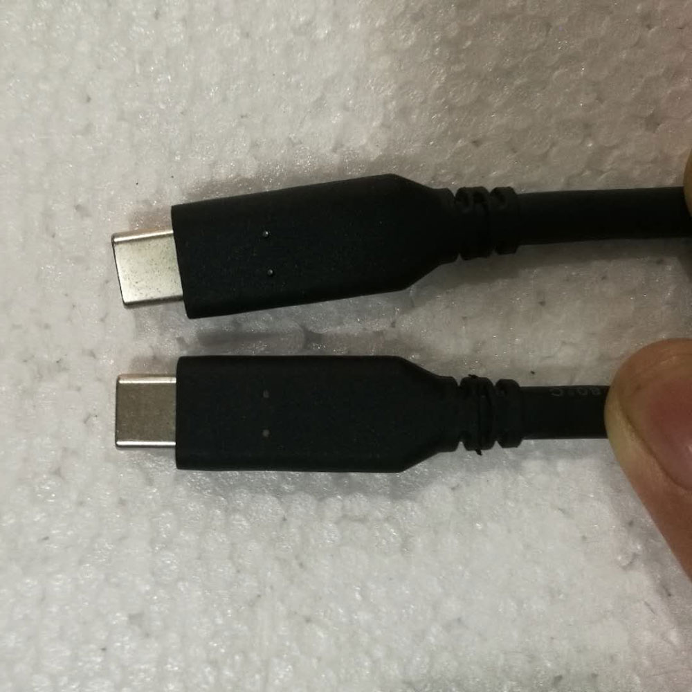 "Cable Apple Macbook Pro 13""/15"" with Multi-Touch Bar"